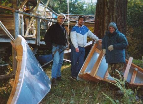 Crew prepares to hoist roof sections up to treehouse. Note aluminum siding. (Boeing jet surplus sheeting, screwed onto Douglas fir framed sections)